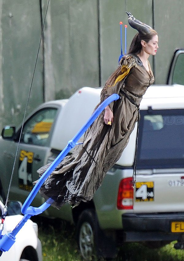 Angelina Jolie Takes Flight Filming 'Maleficent' — New Set Pic
