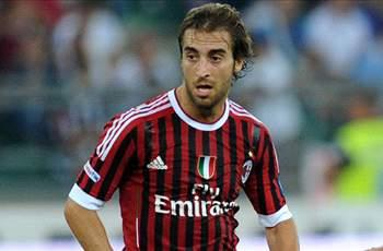 Flamini signs new AC Milan deal until 2013