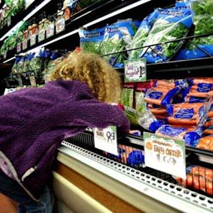 5 ways to make grocery shopping fun for the whole family