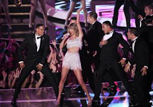 Taylor Swift performs at the MTV Video Music Awards …