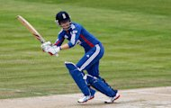 Sarah Taylor hit 53 from 37 balls as England defeated West Indies by 28 runs