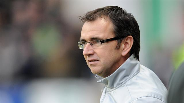 Scottish Football - Fenlon wants league reconstruction talks delayed