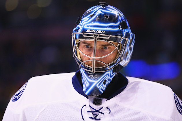 BOSTON, MA - FEBRUARY 28: Ben Bishop #30 of the Tampa Bay Lightning looks on during the third period against the Boston Bruins at TD Garden on February 28, 2016 in Boston, Massachusetts. The Lightning defeat the Bruins 4-1. (Photo by Maddie Meyer/Getty Images)