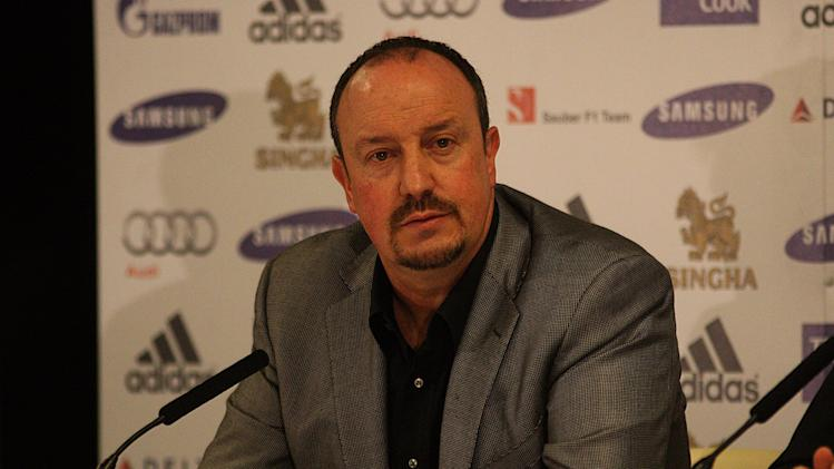 Rafael Benitez, pictured, does not think Roman Abramovich would not be upfront about replacing him