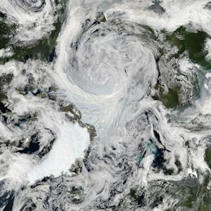 Arctic CSI: Cyclone Absolved in Record Sea Ice Melt