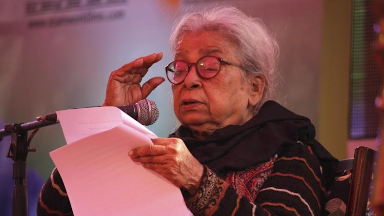 Indian writer Mahasweta Devi delivers the keynote address during the opening of India's Jaipur Literature Festival in Jaipur, India, Thursday, Jan. 24, 2013. This year's festival will also feature author Zoe Heller and Booker Prize winner Howard Jacobson. (AP Photo/Deepak Sharma)