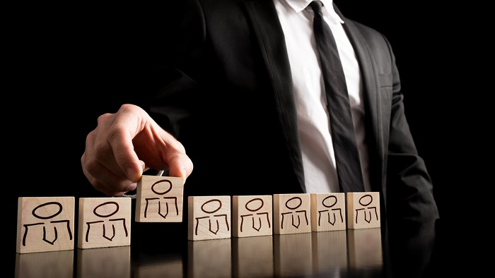 4 Ways to Break the Status Quo of Your Recruiting Process