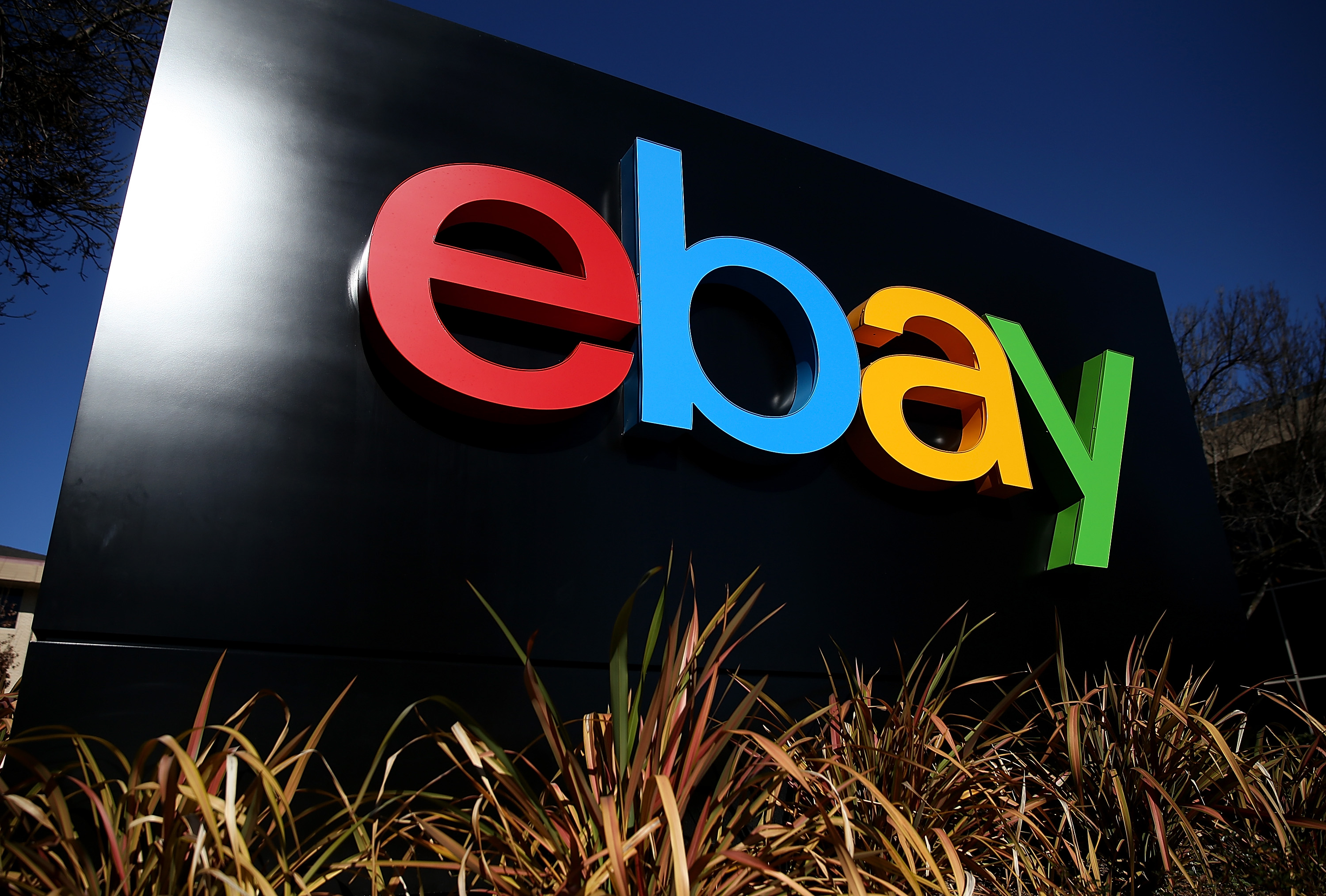 Why EBay Doesn't Want to Build Your Online Shopping Site Anymore