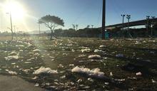 電音趴結束後 大佳河濱公園滿是垃圾