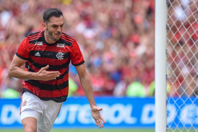 鲁道夫(Rhodolfo)为弗拉门戈(Flamengo)庆祝进球。 照片:Thiago Ribeiro / AGIF