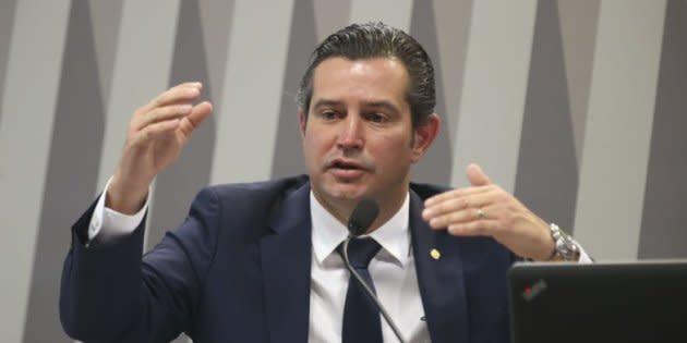 Ex-ministro dos Transportes, Maurício Quintella Lessa afirma que PR mantém apoio ao presidente Michel Temer.