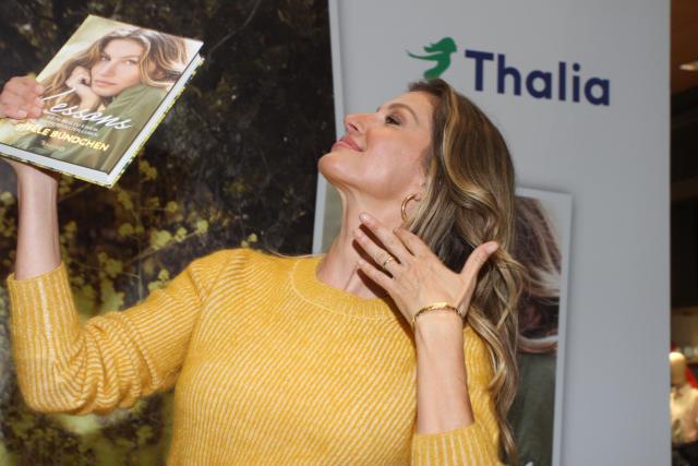 汉堡,德国-4月03日:吉赛尔邦辰在她对塔利亚书店的访问期间于2019年4月3日在德国汉堡。 (Tristar Media / Getty Images摄影)