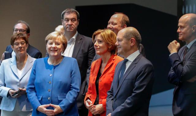 Die Koalitionsspitzen bei der Vorstellung des Klimapakets (Bild: Axel Schmidt/Pool via Reuters)