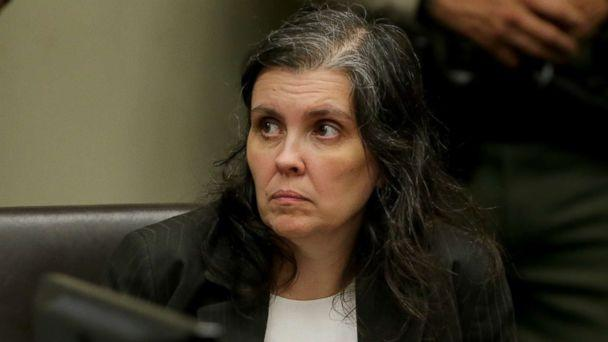 PHOTO: Louise Anna Turpin appears in court for arraignment with attorneys on Jan. 18, 2018 in Riverside, Calif. (Gina Ferazzi, Pool via Getty Images)