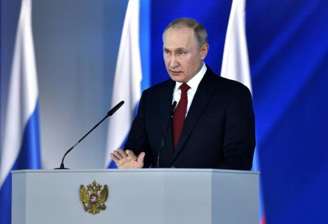 Putin calls for referendum on constitutional changes