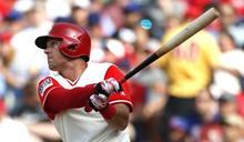 MLB》費城新人紀錄寫不停 外野策動完美三殺
