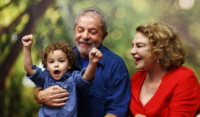 Decisão do STF é precedente para que Lula compareça ao enterro do neto, diz juiz