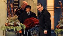 加拿大億萬富豪夫婦陳屍自家地下室 警方:疑點重重