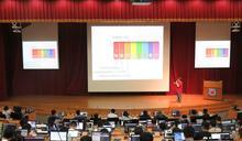 興大手機程式開發課超熱門 培養跨域數位能力