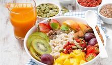關節卡卡吃葡萄糖胺哪夠!加3大營養素cp值更高