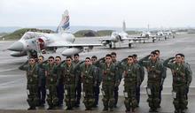 【Yahoo論壇】國軍無懼質疑 展翅翱翔成為保護人民的老鷹