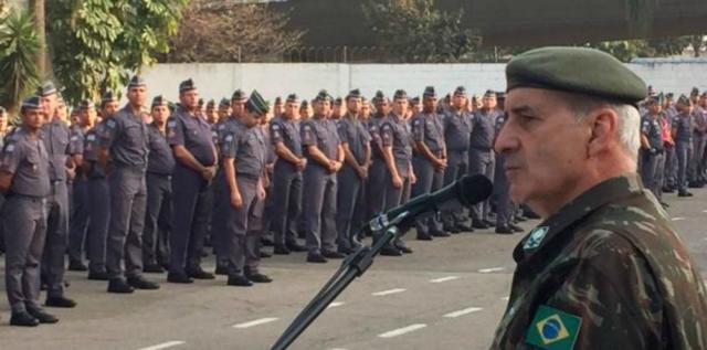 General Luiz Eduardo Ramos Baptista Pereira classificou como 'fatalidade' a execução do músico e do catador. (Foto: Divulgação/Exército Brasileiro)