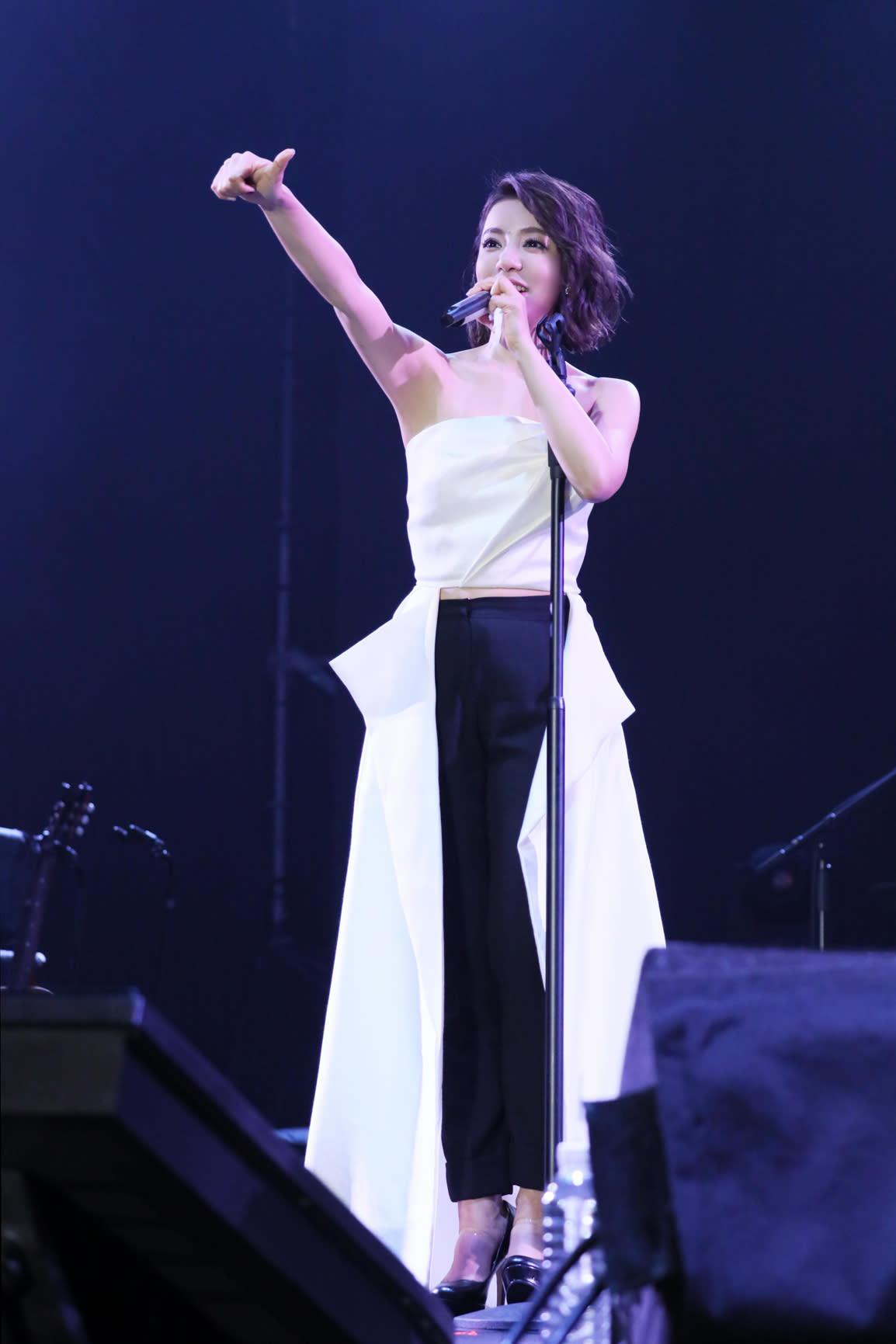 丁噹「想戀一個愛 一戀十年」演唱會遍地開花 4月21日 新加坡開唱