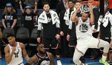 NBA/輸球也要帥!柯瑞秀轉身灌籃