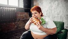 變胖,從更年期開始 吃得很少,體重不減反增?