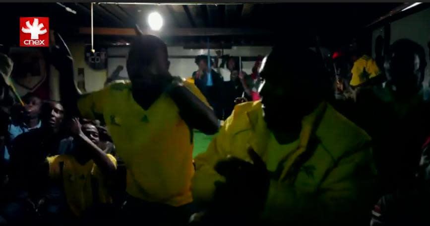 《緬洛地的世足賽2》來自貧民窟的歡呼聲